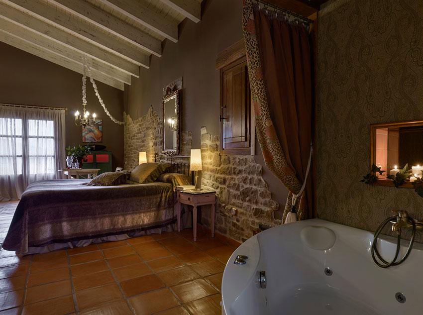 Bath with hydro massage
