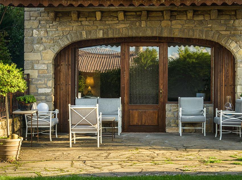 Summertime – Sideway terrace