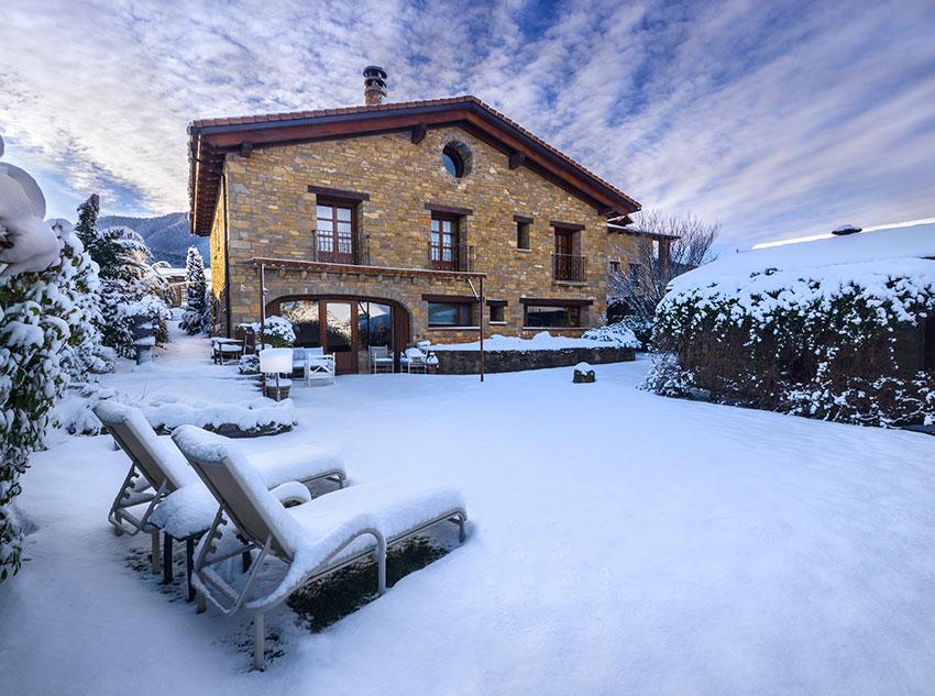 Winter – Garden area